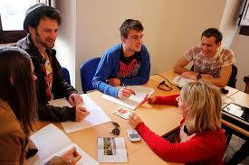 آموزشگاه زبان بزرگسالان
