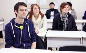 کدام آموزشگاه زبان بهتر است؟